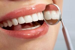 Permasalahan dan Solusi Bagi Gigi Sensitive